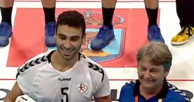 محسن رمضان أفضل لاعب فى مباراة مصر وفرنسا فى مونديال إسبانيا