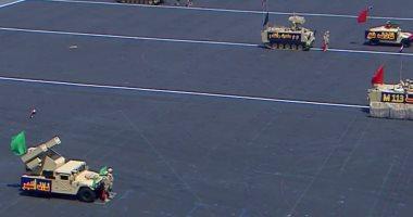 خريجو الكليات العسكرية يؤدون عرضا تكتيكيا لساحة المعركة أمام السيسى