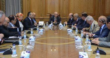 """""""العصار"""" يستقبل وفد الاتحاد العربى للصناعات الهندسية لبحث التعاون المشترك"""