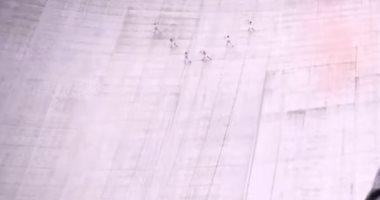 شاهد.. عرض باليه فى سويسرا على ارتفاع 2200 متر بمشاركة 3 نساء