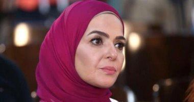 منى عبد الغنى تنعى والدة الفنانة يسرا: ربنا يصبرك ويربط على قلبك