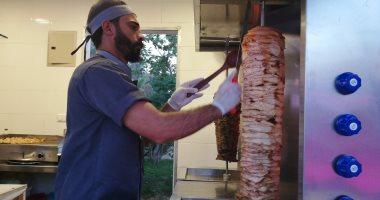 صور .. 6 نصائح من الـFDA لعمال المطاعم لحماية أنفسهم من كورونا
