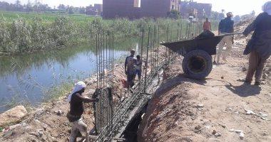 محافظ أسيوط: تكثيف الجهود للانتهاء من توسعة وتطوير طريق الدير/مير بطول 5.5كم