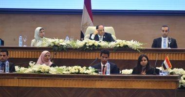 بث مباشر.. السيسي يشهد جلسة إطلاق مبادرة التحول الرقمى بمؤتمر الشباب