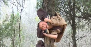 شاهد.. تدريبات شاقة لصغار الرهبان البوذيين