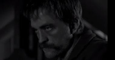 """فيديو وصور.. التريللر الرسمي لفيلم روبيرت باتينسون الجديد """"The Lighthouse"""""""