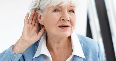 دراسة: فقدان السمع يزيد من خطر الإصابة بالخرف بنسبة 17%