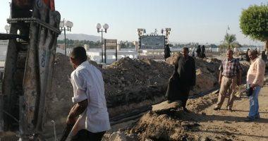 صور.. الأقصر تعلن قرب انتهاء مد كابلات الكهرباء بثانى مراحل تطوير كورنيش النيل