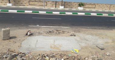 """استجابة لما نشره """"اليوم السابع"""".. وضع غطاء لبالوعة على طريق بورسعيد- دمياط"""