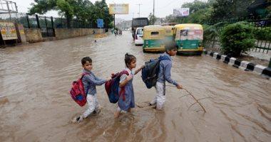 سيول وفيضانات تسببان انهيارات أرضية بولايتى أوتاركاند وهيماتشال براديش بالهند