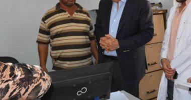 محافظ المنيا يتابع فعاليات لجنة المواطنة وقبول الآخر بعباد شارونة