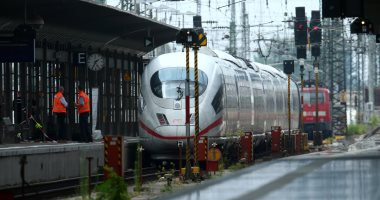 باكستان تعلق آخر خطوط القطارات إلى الهند بسبب النزاع على كشمير