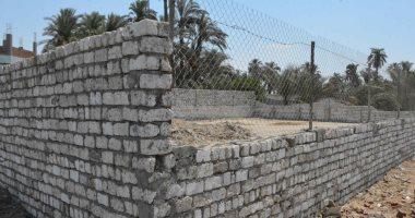 محافظ المنيا يوجه بإزالة فورية لتعد على حرم الطريق