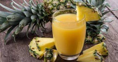 أبسط طريقة لعمل عصير الأناناس
