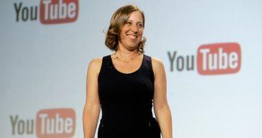 """المديرة التنفيذية لـ""""يوتيوب"""" تسحب الهواتف الذكية من أطفالها.. اعرف السبب"""