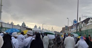 رئيس بعثة حج التضامن يتفقد مخيمات منى بعد هطول الأمطار.. صور