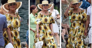 فى بورتوفينو.. تعرف على سعر فستان كريس جينر من تصميم Dolce & Gabbana
