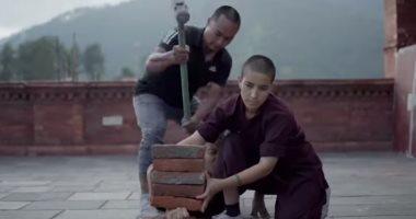 شاهد.. راهبات يمارسن الفنون القتالية فى دير بنيبال (فيديو)
