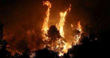 الحرائق تدمر الأخضر واليابس بغابات جزيرة إيفيا فى اليونان
