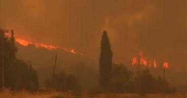 فيديو يرصد الحرائق المدمرة فى جزيرة إيفيا اليونانية
