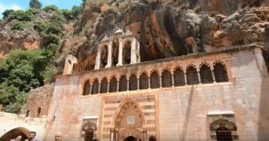 """شاهد.. دير القديس """"أنطونيوس قزحيا"""" فى لبنان: مقصد المسيحيين بالشرق الأوسط"""