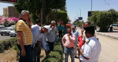 صور.. رئيس مدينة الأقصر يبحث استئناف العمل بالمرحلة الثالثة لتطوير كورنيش النيل