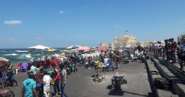كيف تقضى مصيف سعيد بالإسكندرية.. 9 شواطئ مجانية توفر خدمات تنافس المميز