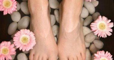 غسول الفم والملح والليمون أهمها.. وصفات طبيعية سهلة لعلاج رائحة القدم