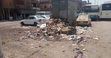 اضبط مخالفة.. القمامة تحيط بكابينة كهرباء بحى غرب شبرا الخيمة