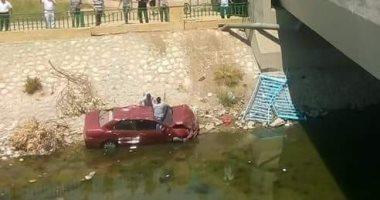 مصرع 4 أطفال عقب إنقلاب سيارة داخل ترعة بسوهاج