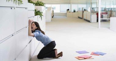 أكل العيش مر.. 8 من كل 10 أشخاص اعترفوا بالبكاء أثناء العمل
