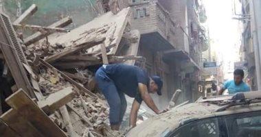 اخبار اليوم – إخلاء منزل من 3 طوابق عقب حدوث انهيار جزئى به فى سوهاج