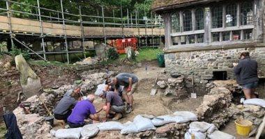 علماء آثار بريطانيون يتوصلون إلى موقع أقدم كنيسة فى إنجلترا.. اعرف التفاصيل