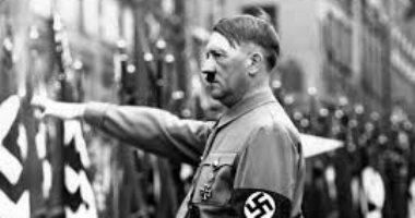 """85 عاما على تولى هتلر رئاسة ألمانيا.. أسرار فى حياة """"ملهم العنصرية""""..صور"""