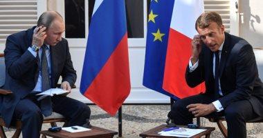 """الرئيسان الروسى والفرنسى يعقدان جسلة مباحثات فى """"حصن بريجانسون"""" بفرنسا"""