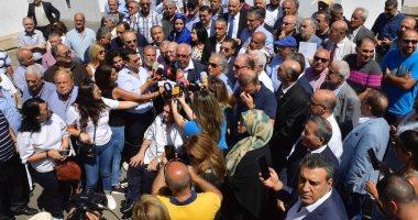 صحافة لبنان تبحث عن حلول للأزمة المالية.. والنقابة تؤكد تمسكها بالاحتجاجات