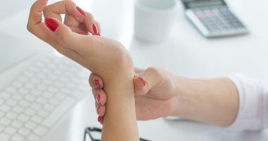 5 علامات للإصابة بالورم الكيسى فى اليد والرسغ وإزاى تعالجه؟