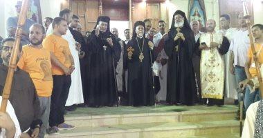 مطارنة الكاثوليك يحتفلون بدورة العذراء بدير درنكة فى نهاية الصوم.. صور