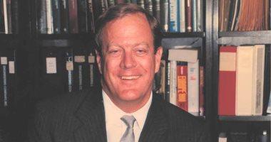 وفاة رجل الصناعة الأمريكى الملياردير ديفيد كوك عن 79 عاما