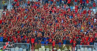 500 مشجع يؤازرون الأهلى أمام النجم الساحلى فى رادس