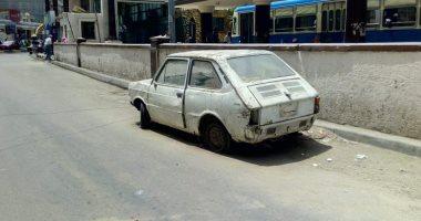 شكوى من وجود سيارة قديمة مركونة منذ فترة بجوار محطة ترام فيكتوريا