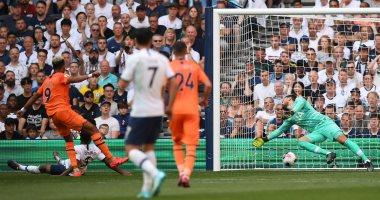 توتنهام يتلقى هزيمته الأولى بالدوري الإنجليزي أمام نيوكاسل.. فيديو