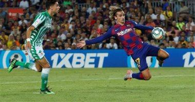 برشلونة ضد بيتيس.. جريزمان يواصل التألق ويضيف الثاني للبارسا 2-1