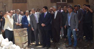 محافظ القليوبية ورئيس جامعة بنها يتفقدان مشروع تطوير قرية كفر فرسيس