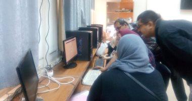 صور.. جامعة عين شمس تواصل استقبال طلاب المرحلة الثالثة للتنسيق بـ14 معملا