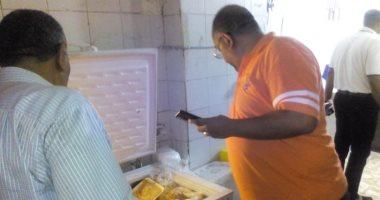 صور.. حملة تموينية مكبرة لضبط الأسواق شرق الإسكندرية