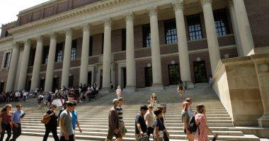 كورونا يتسبب فى غلق جامعة هارفارد الأمريكية بعد انقضاء عطلة الربيع