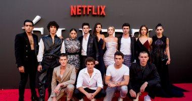 نجوم مسلسل Elite يتألقون على السجادة الحمراء فى افتتاح الموسم الجديد