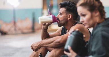 هل يحتاج جميع الرياضيين إلى تناول مكمل البروتين؟..وزارة الصحة السعودية تجيب
