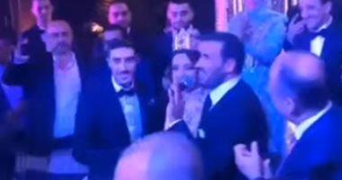 فيديو.. كاظم الساهر يحتفل بزفاف نجله الأصغر عمر